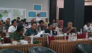Sesi Diskusi dan Tanya Camat dari Camat Kalibagor Dr. Soedarso