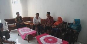 Paparan Kepala Desa dengan Tim Kabupaten