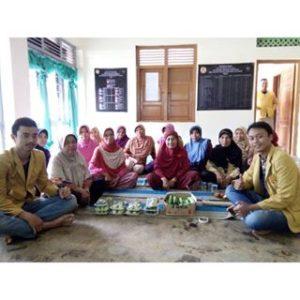 Kegiatan KKN Tematik Unsoed 2016 dengan KWT Eka Sari