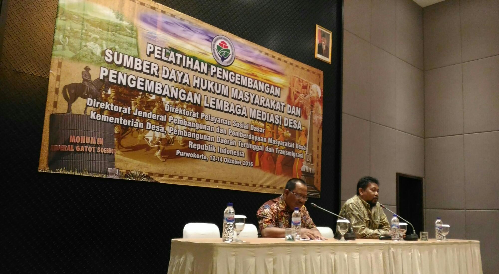 Pengembangan Sumber Daya Hukum Masyarakat dan Pengembangan Lembaga Mediasi Desa