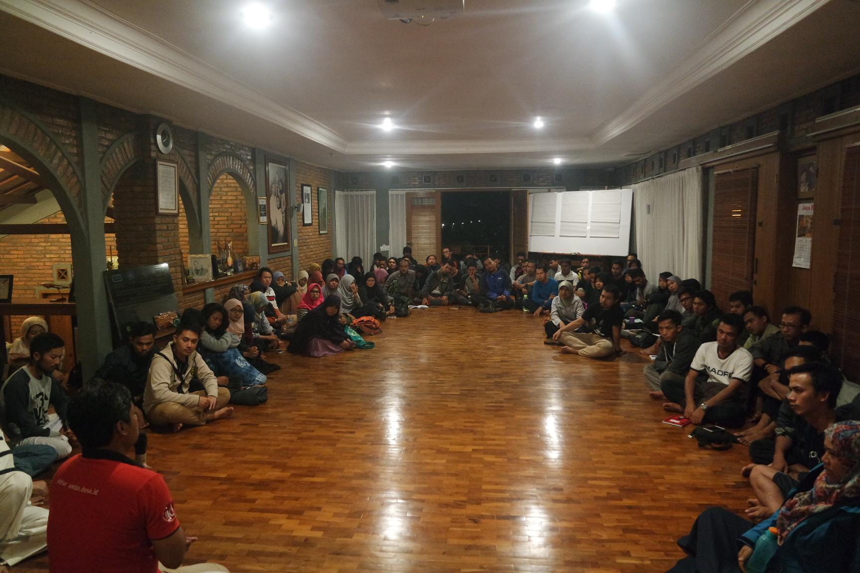 Kelas Bersama Peserta Mandiri Untuk Pendampingan Desa-Desa Pinggiran dan Tertinggal di Institut Bisnis dan Ekonomi Kerakyatan (IBEKA)