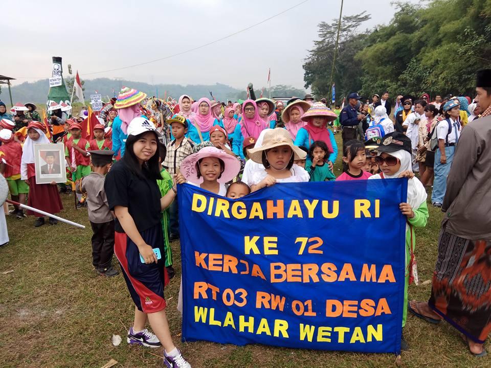 Rombongan Peserta Karnaval Kemerdekaan Tahun 2017 dari RT 003 RW 001 Desa Wlahar Wetan