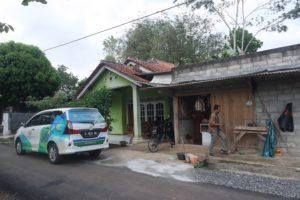 Tim Kopkun Institute dan PT. BANK BKD BANYUMAS Kantor Wlahar Wetan Sedang Survei Bersama Pada Calon Warung Kampung